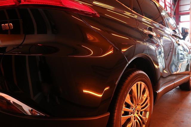 トヨタハリアーにカーコーティングを施工 リア焼付画像