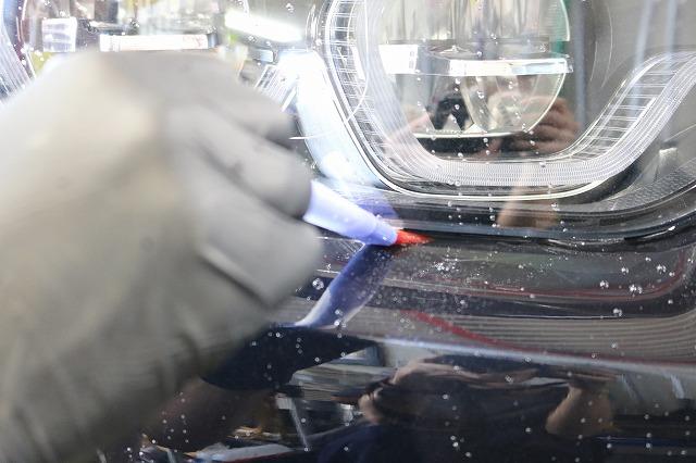 BMW440iへカーコーティング施工 細部洗浄画像