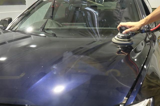 BMW440iへカーコーティング施工 バインダー作業