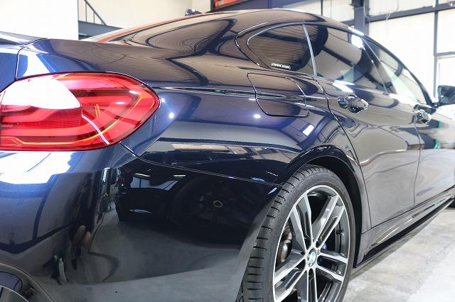 BMW440iへカーコーティング施工後 リアサイド画像
