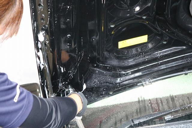 メルセデスベンツE300にセラミックコーティング 洗車画像