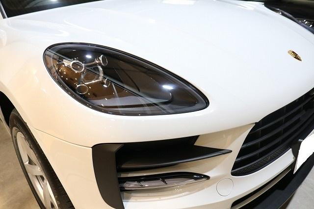 新車ポルシェマカンにセラミックコーティング施工後 フロント画像