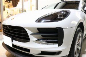 新車ポルシェマカンにセラミックコーティング施工