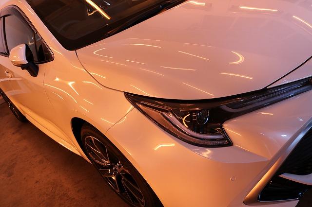 トヨタカローラスポーツカーコーティング 遠赤外線ブースフロント画像