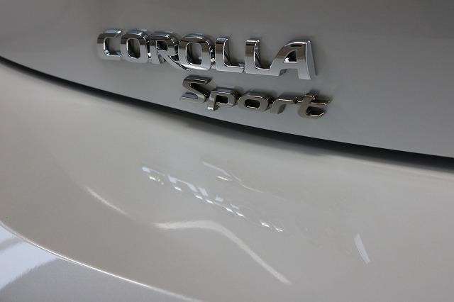 トヨタカローラスポーツカーコーティング施工後 ロゴ画像