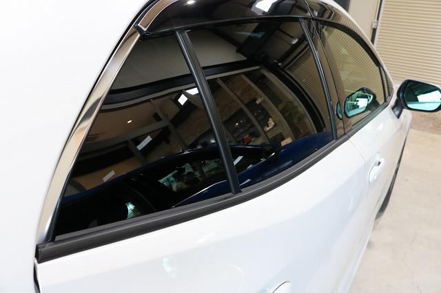 トヨタカローラスポーツウィンドウコーティング施工後 リアサイド画像