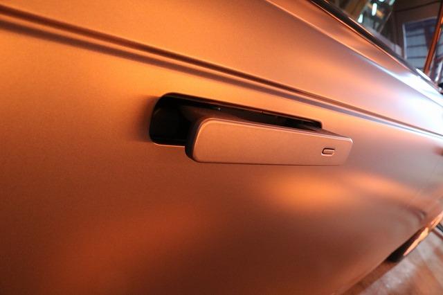レンジローバーヴェラールにカーコーティング施工 ドアノブ遠赤外線画像