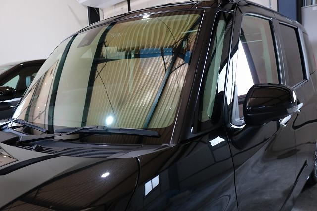トヨタルーミーにカーコーティング施工後 フロントガラス画像