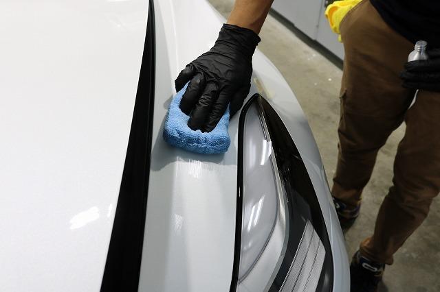 テスラモデル3へカーコーティング施工 コーティング塗布画像