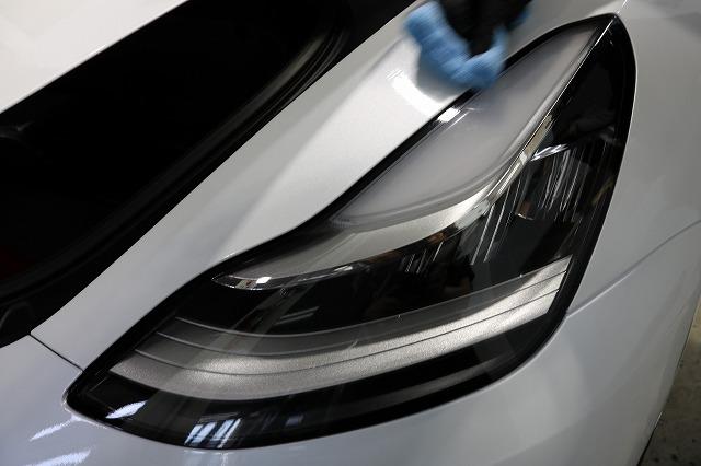 テスラモデル3へカーコーティング施工 ヒールプラス塗布画像