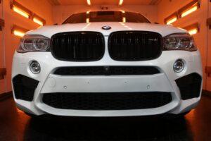 BMWX6Mセラミックプロ9Hコーティング遠赤外線ブース画像