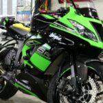 塗装面に傷をバイク屋さんで付けれれてしまい鏡面研磨&バイクコーティングを施工させていただきました。