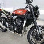 千葉市よりお越しの新車カワサキZ900RSに疎水性のセラミックプロ9H4層バイクコートを施工!