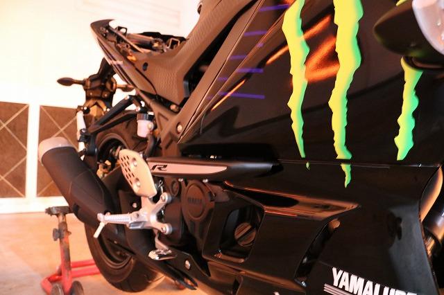 新車YAMAHA YZF R-25に高耐久バイクコーティング施工