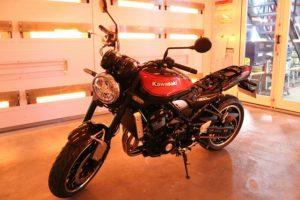 カワサキZ900RS バイクコーティング画像
